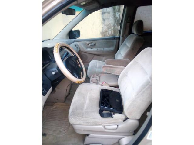 Registered Honda Odyssey 2001 - 7/8