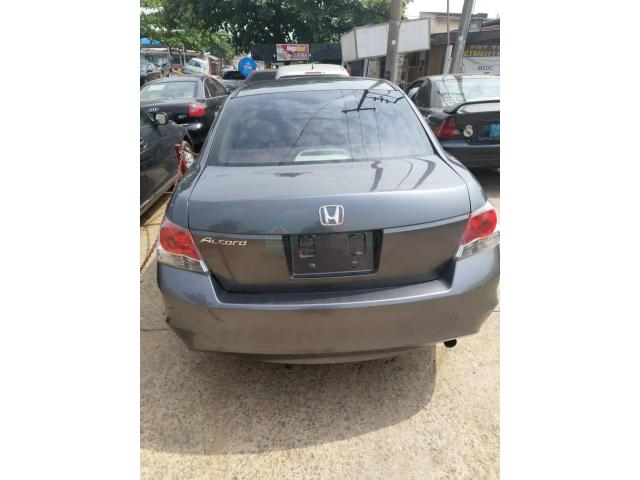 Honda Accord 2008 - 1/4