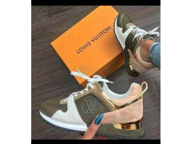Best Quality Louis Vuitton shoe - 1/1